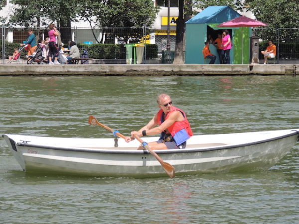 Barque blanche